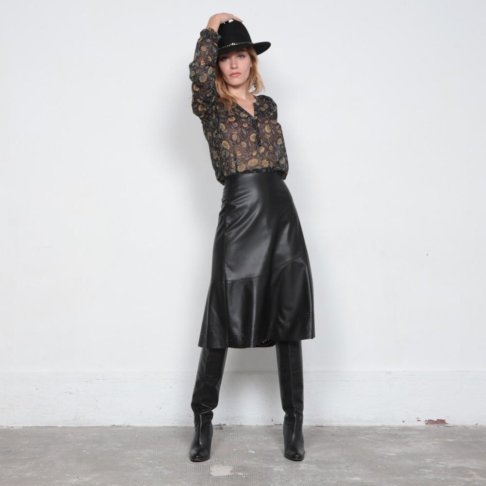 Jupe mi longue évasée en simili cuir noir avec dentelle | Elora
