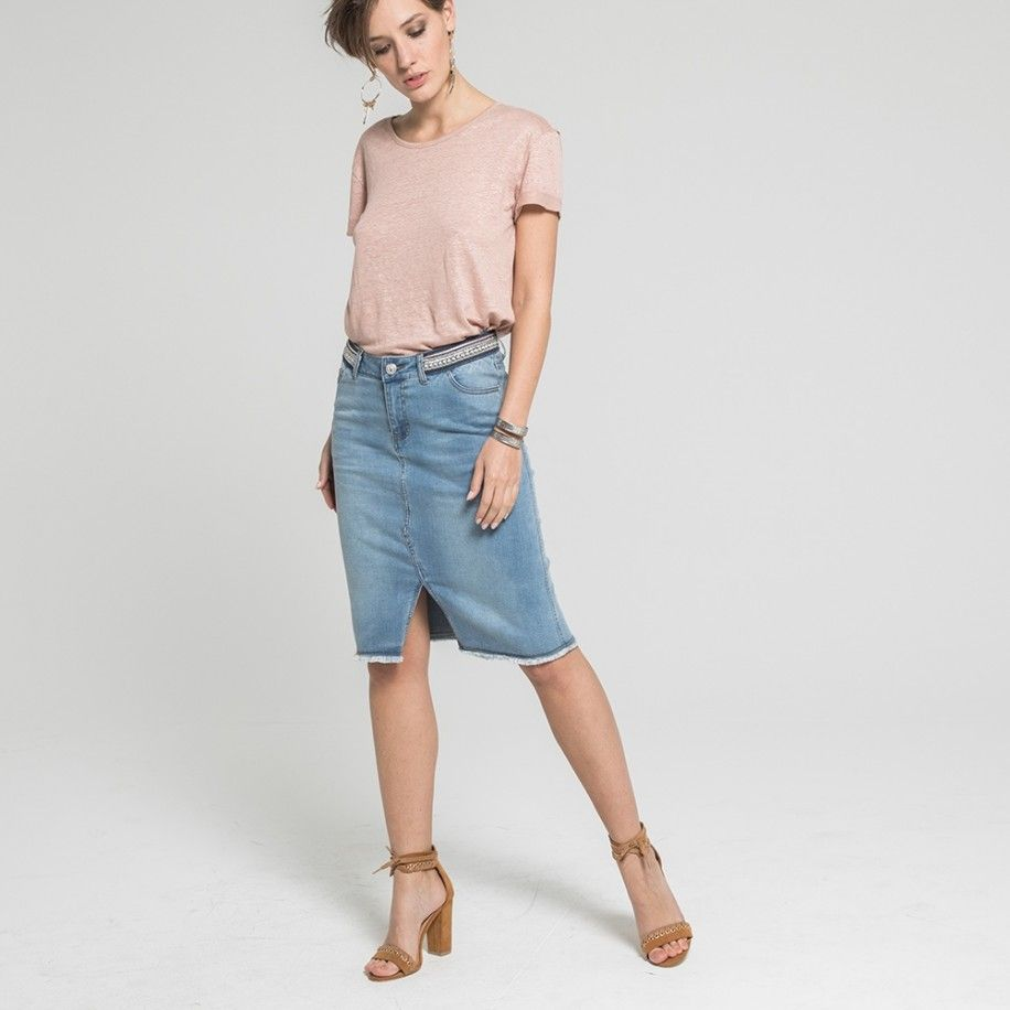 7b89a83d8cd3a3 Jupe droite en jean longueur genou avec franges Collections Accueil  19SERENITE Bleached — Elora