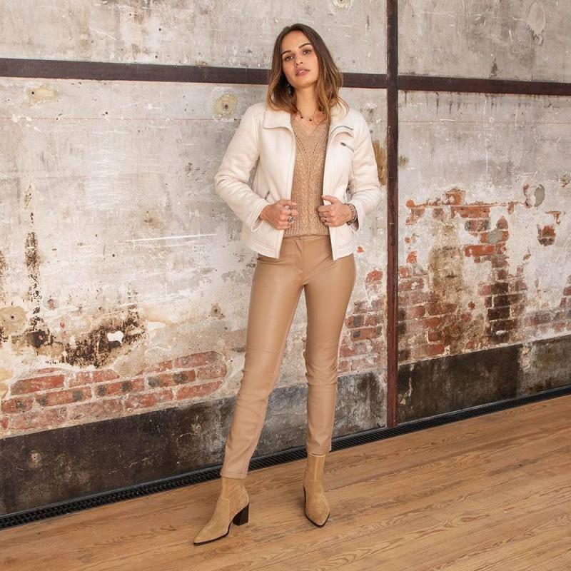 Pantalon droit en simili cuir et maille milano