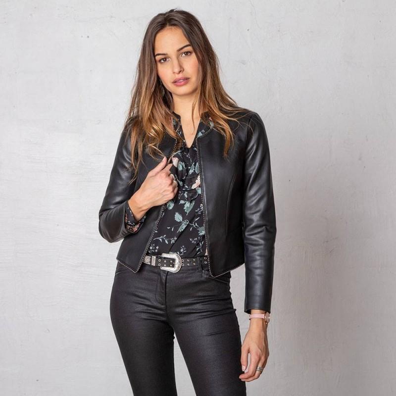 Veste courte noire en simili cuir