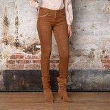 Pantalon slim couleur cognac