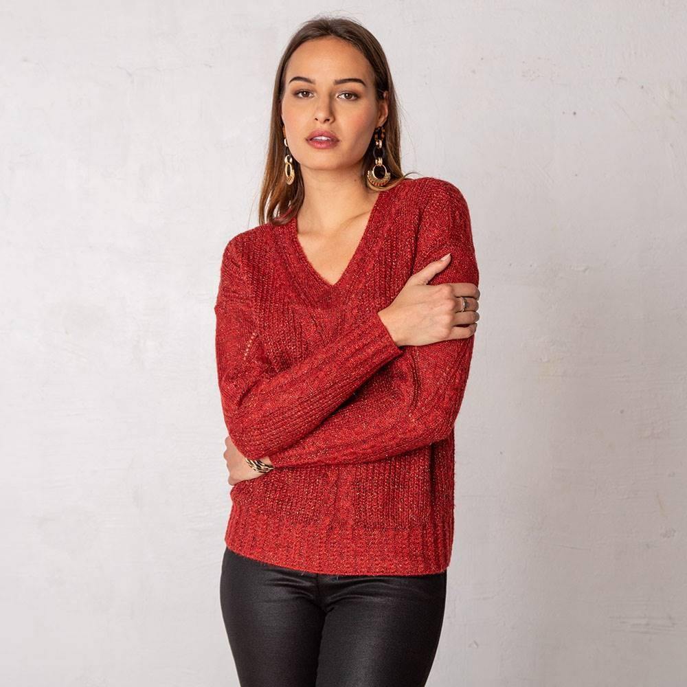 Pull court et loose rouge grenat style irlandais