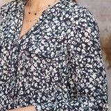 Chemise noire et vanille imprimée à fleurs en viscose sans col