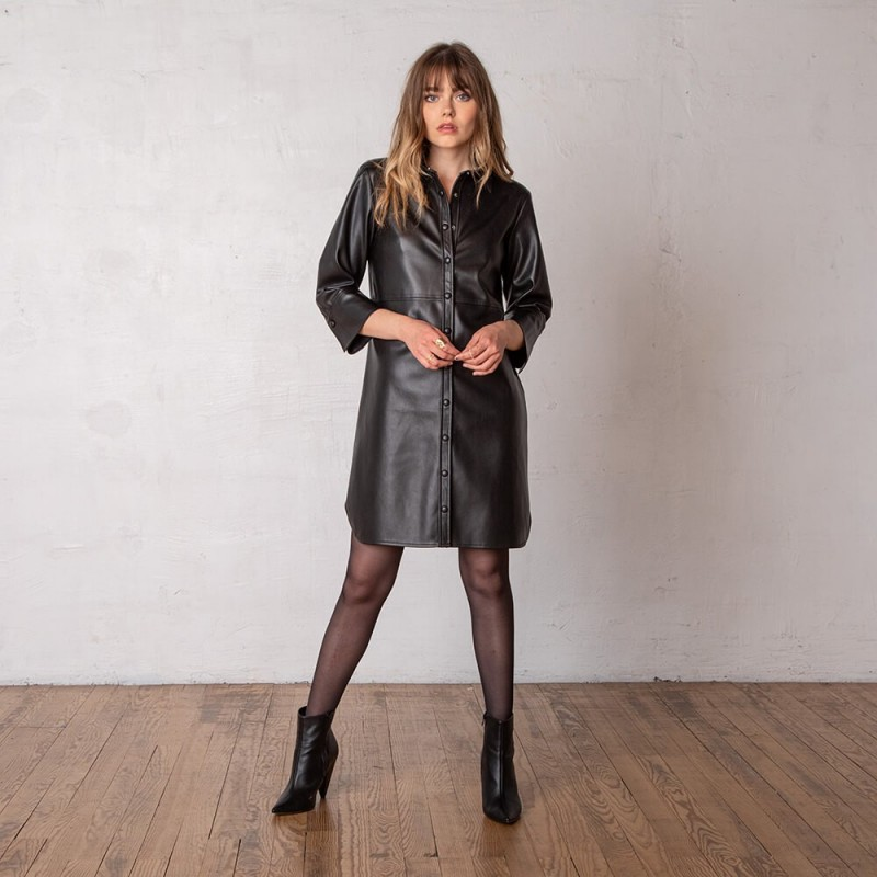 Robe chemise noire en simili cuir à manches 3/4