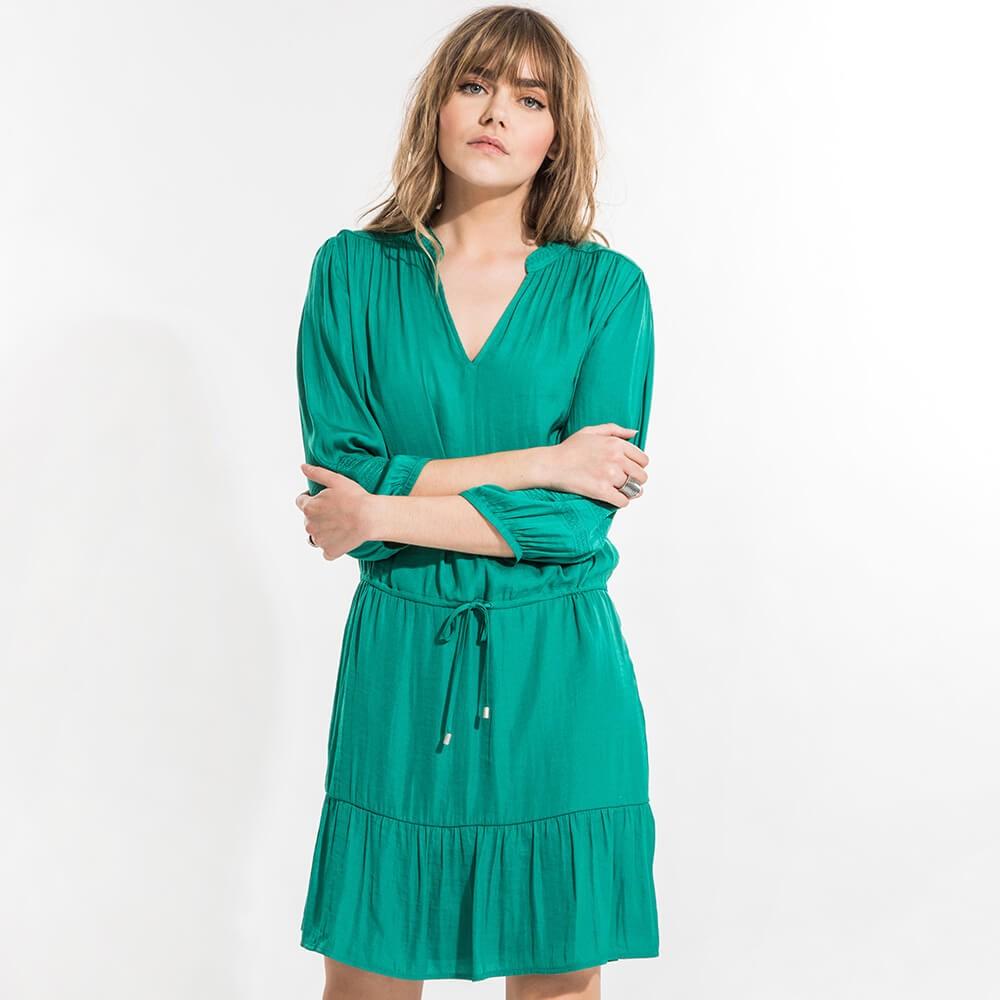 Robe bohême verte coupe droite à manches 3/4 bouffantes