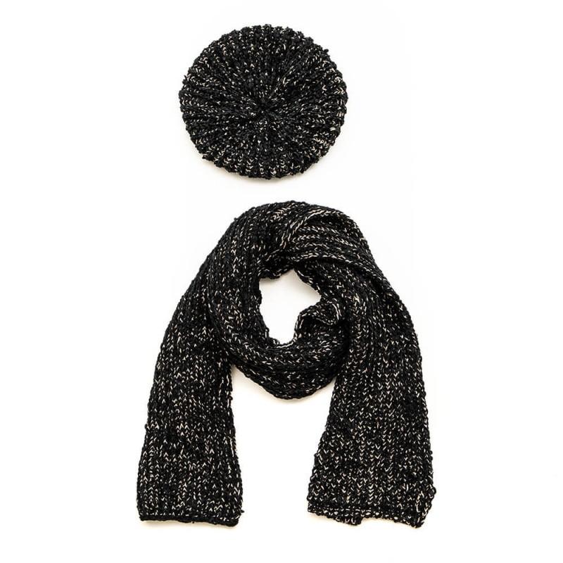 Set béret et écharpe tricotés en fil chenille