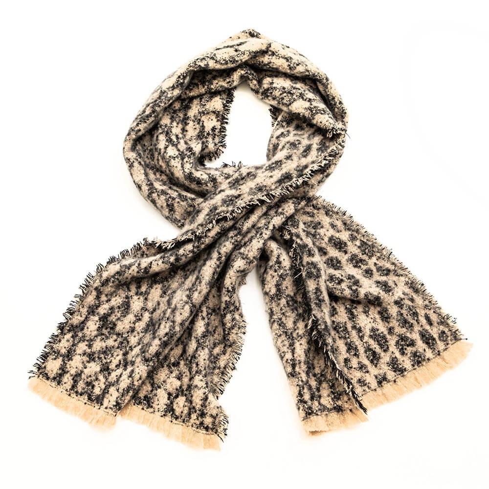 Écharpe motif léopard à petites franges et paillettes