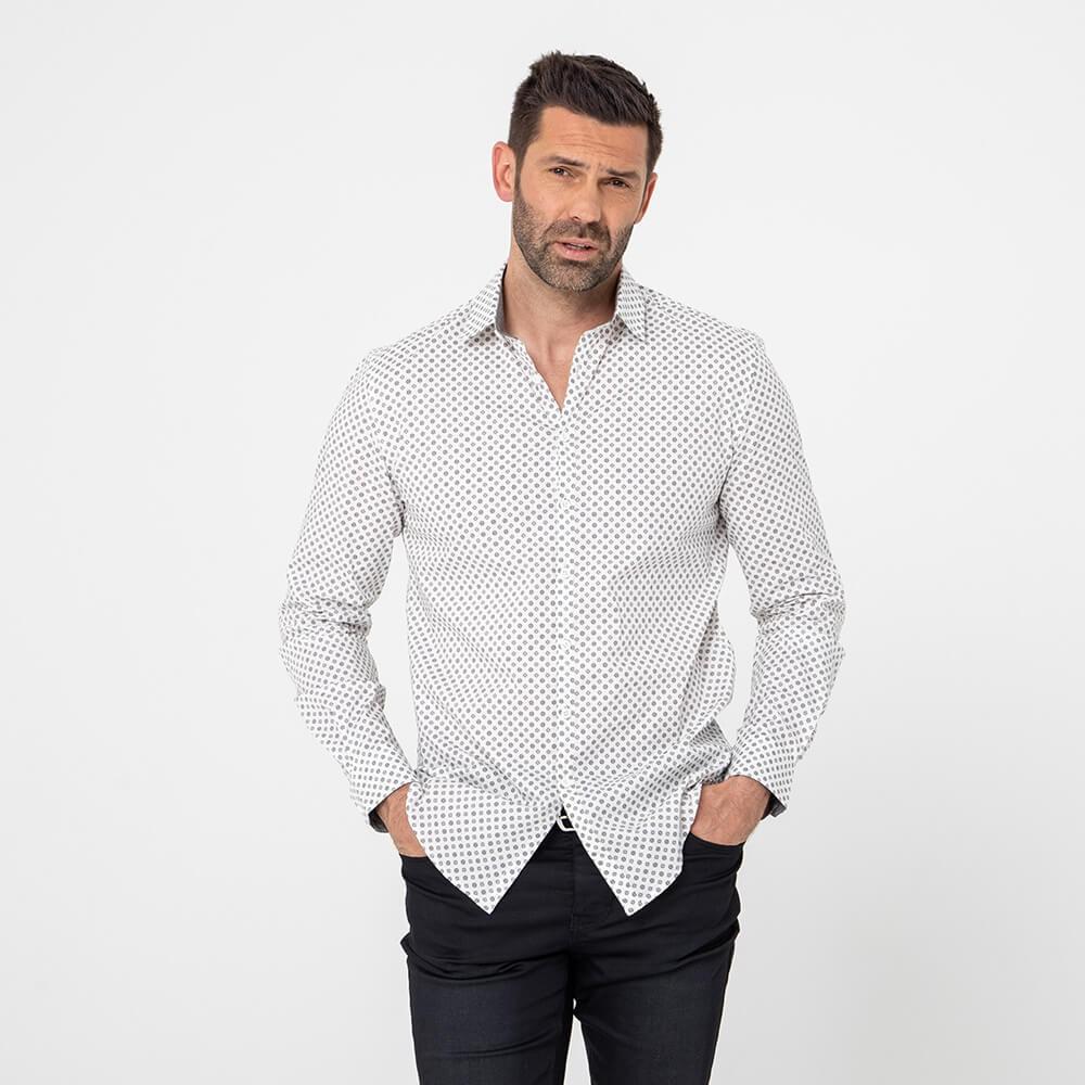 Chemise ajustée en tissu stretch et motif cravate