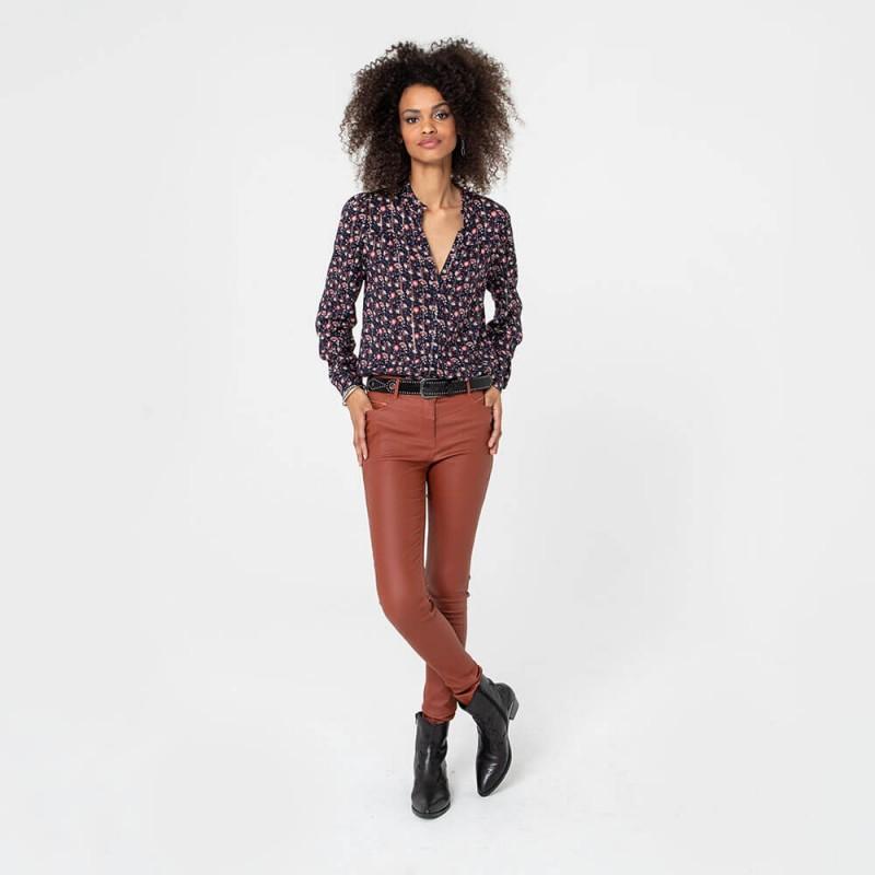 Pantalon enduit coupe slim ultra galbant