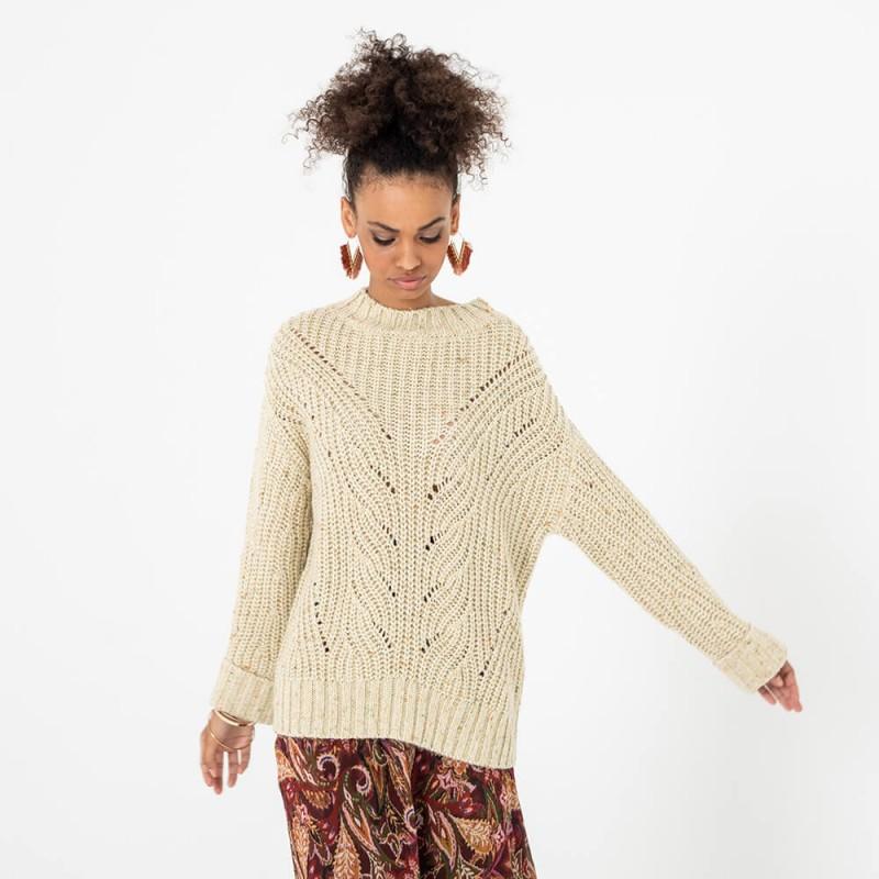 Gros pull tricoté et aux fils brillants
